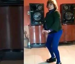 A sus 65 años brilla bailando