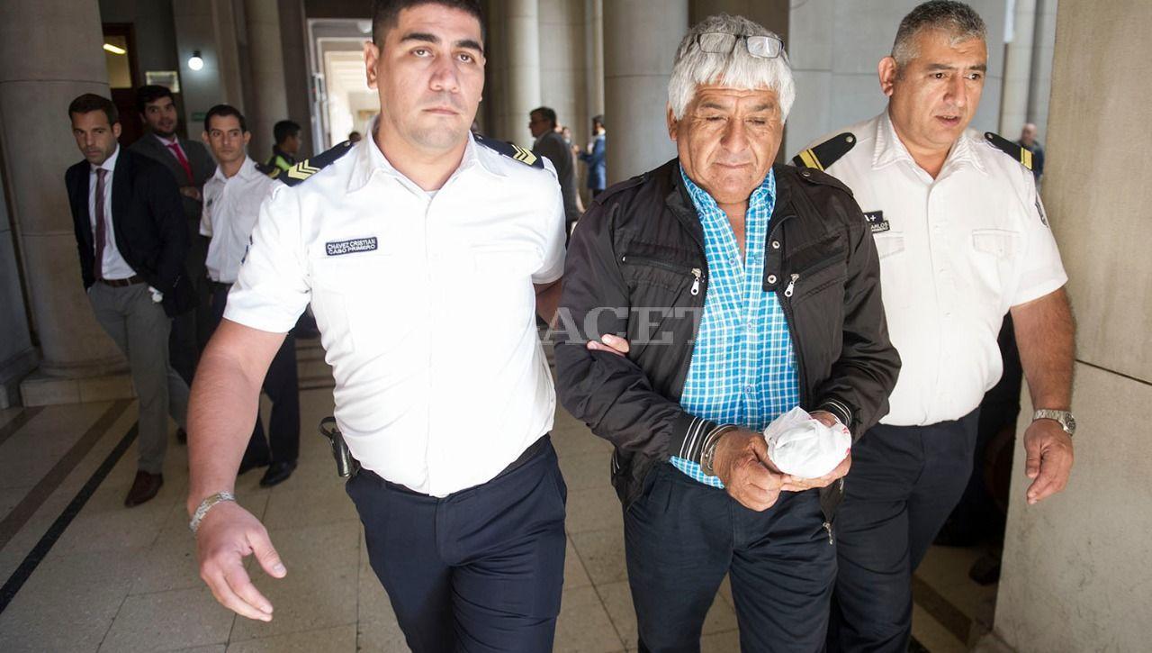 Durante la semana fue detenido por falso testimonio y numerosas contradicciones en su declaración, el cocinero de Vialidad Ramón Fernández. LA GACETA / FOTO DE JORGE OLMOS SGROSSO