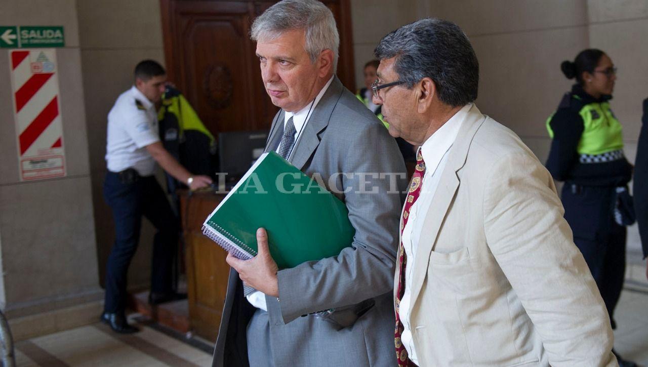Los ex policías imputados Hugo Sánchez y Héctor Brito. LA GACETA / FOTO DE JORGE OLMOS SGROSSO