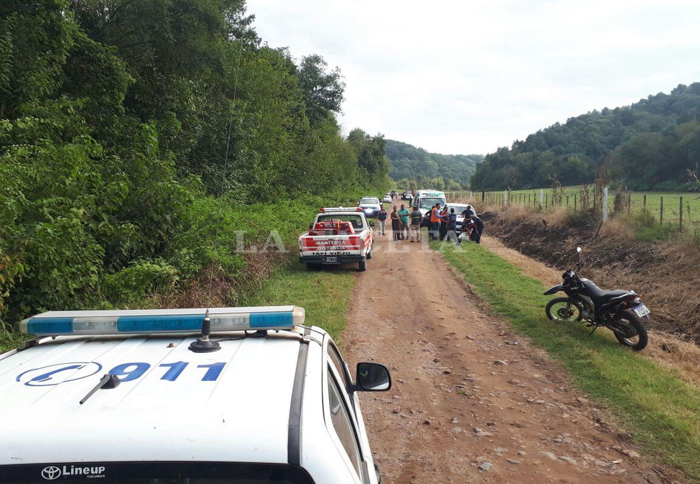 Del operativo particiaron policías, bomberos y personal de Defensa Civil .FOTO LA GACETA/ MATÍAS QUINTANA