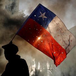 Chile, enfrentamientos entre manifestantes y carabineros