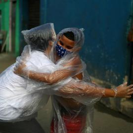 El mundo en nueve fotos: entre la pandemia, el arte y la naturaleza