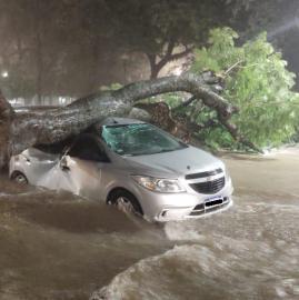 Estas son las fotos más impresionantes del temporal en Tucumán