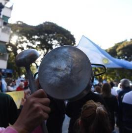 Tucumanos protestan contra las restricciones