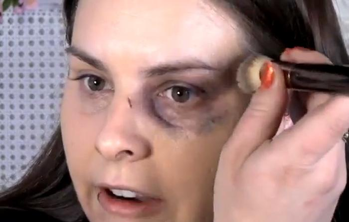 Pol mico video c mo maquillarse para disimular una - Como lucir una pared ...