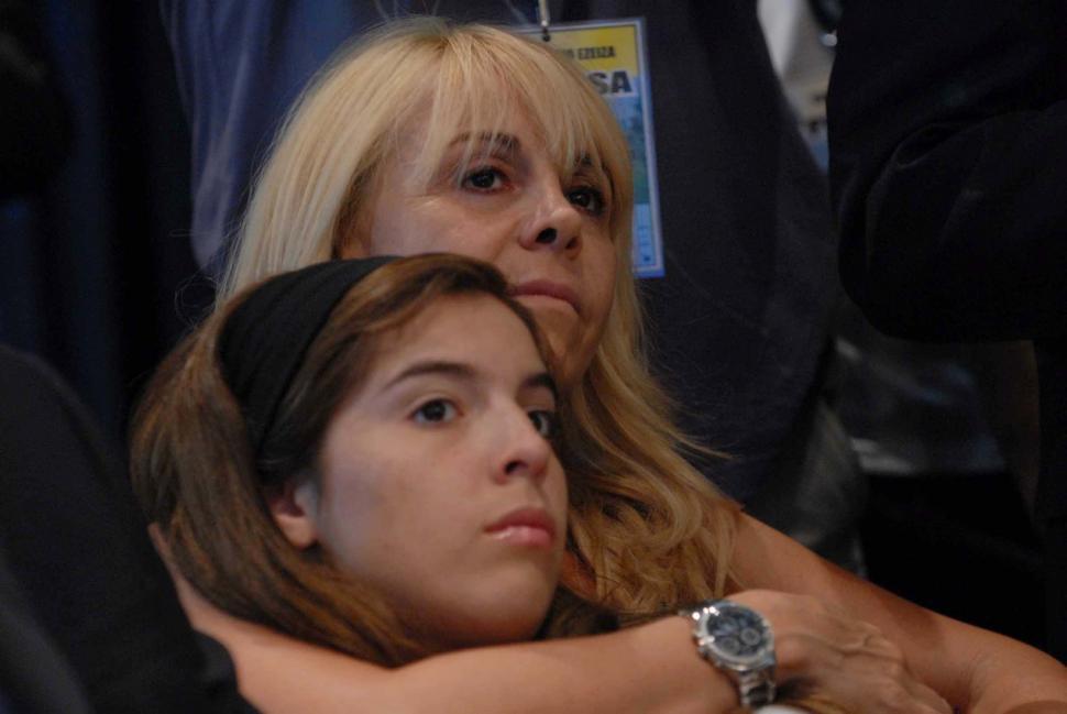 Claudia Villafañe duda sobre la paternidad de Diego ...