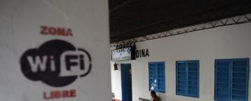 La escuela de la primera comuna con  Wi Fi libre sólo tiene una computadora
