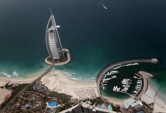 El Burj Al Arab Fue Votado Como El Mejor Hotel Del Mundo 2013 La