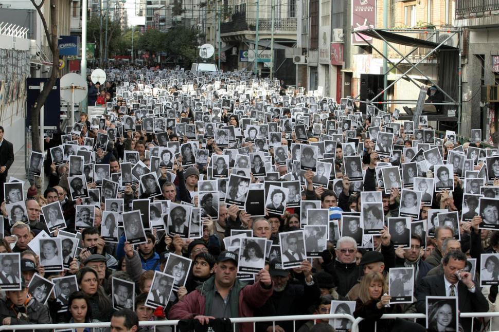 Resultado de imagen para atentado a la amia justicia tucuman