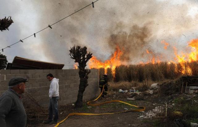 La quema de caña pone en vilo a pobladores - LA GACETA Tucumán