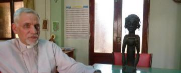 Lleva 28 años misionando en África y sigue empujando fronteras