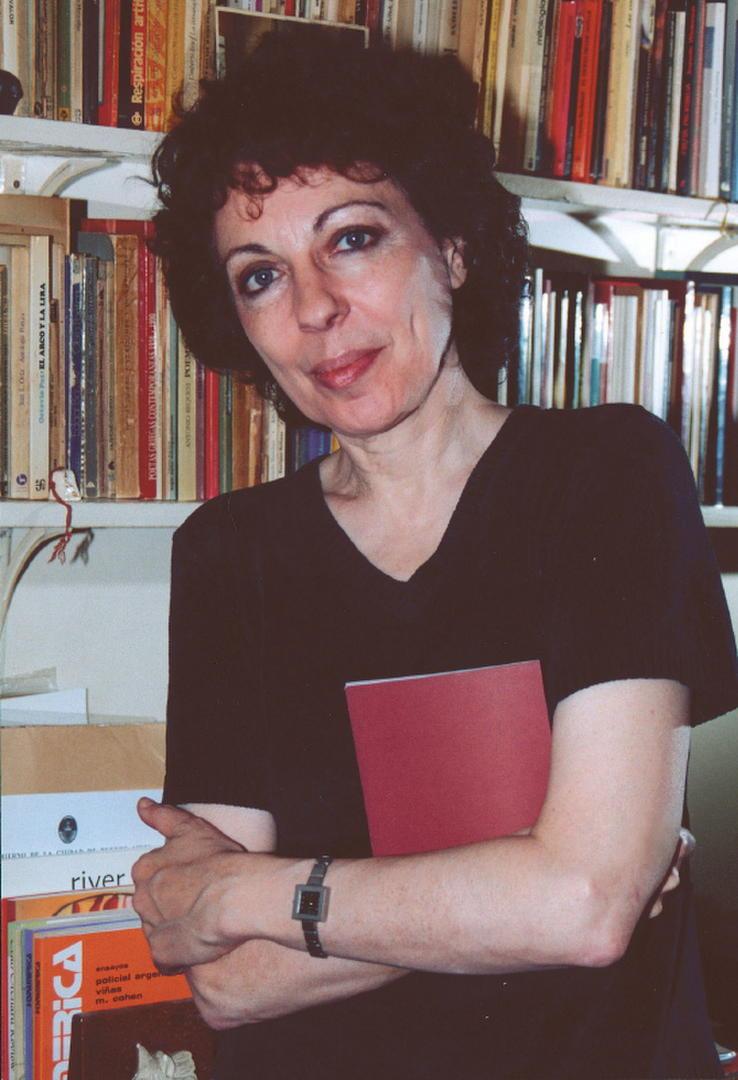 VOZ PROPIA. Paulina Vinderman, exponente de la poesía argentina.
