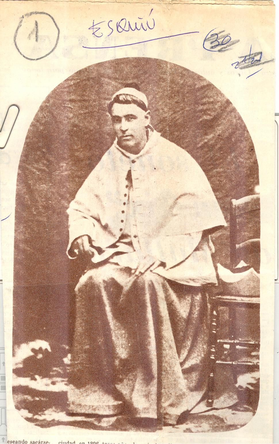 - FRAY MAMERTO ESQUIÚ. Una de las dos fotografías que lo retratan, tomada en 1880 en Córdoba, el día en que asumió el obispado. LA GACETA / fFOTO DE ARCHIVO.