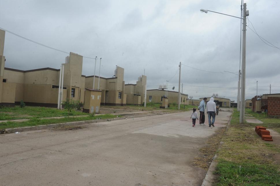 Resultado de imagen para viviendas sociales uocra tucuman