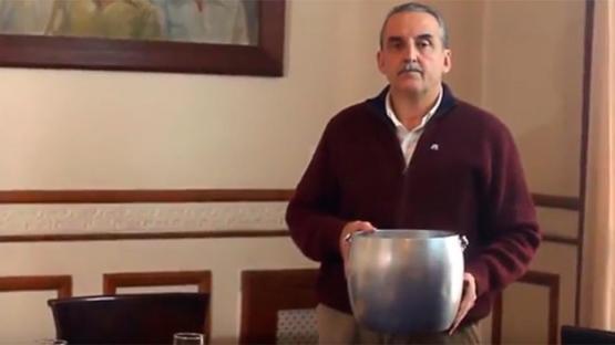 Entró a robar al departamento de Moreno, tomó champán y terminó preso