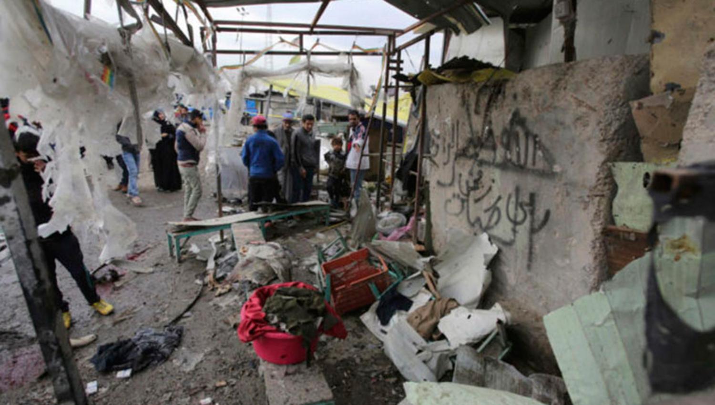 DESTROZADO. Campo de Refugiados en Irak. (REUTERS]