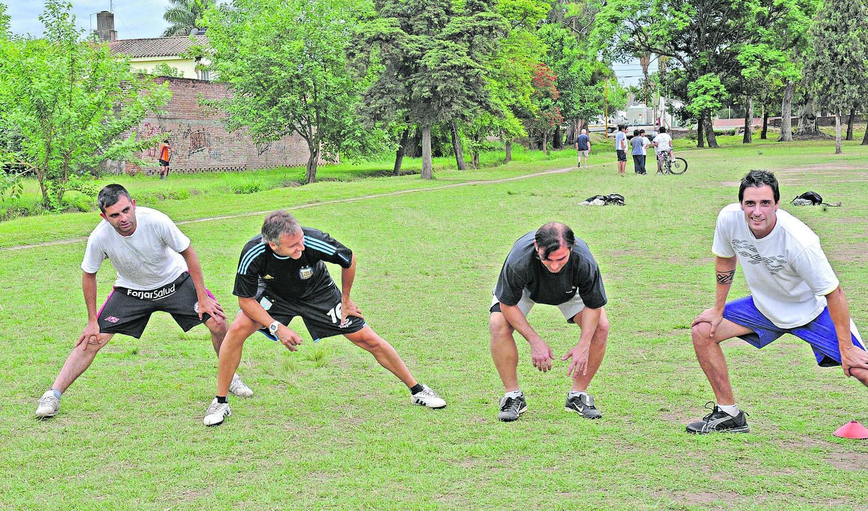 Roy González dirigirá a Sportivo junto a  Andrés Jemio.