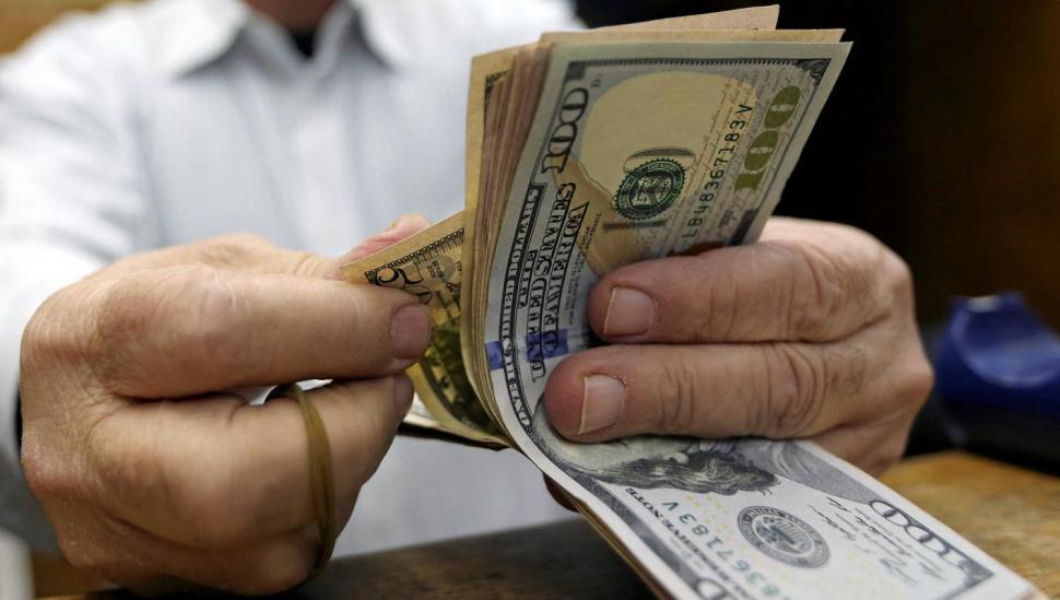 El dólar pegó otro salto y llegó a $ 17,05