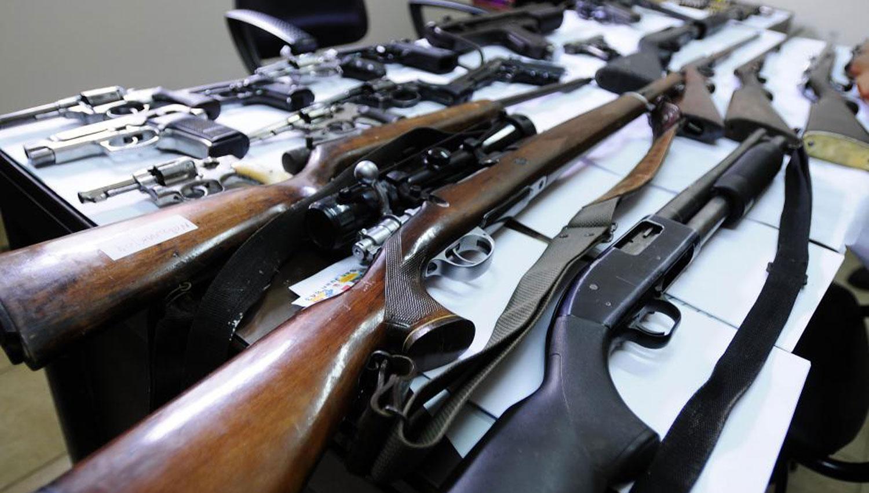 ARMAS. En Tucumán hay unas 70.000 armas. ARCHIVO