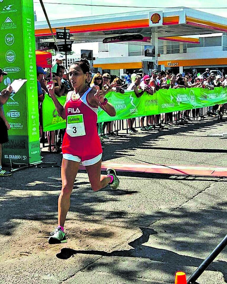 MARÍA OVEJERO. Es una de las recordwoman del atletismo tucumano.