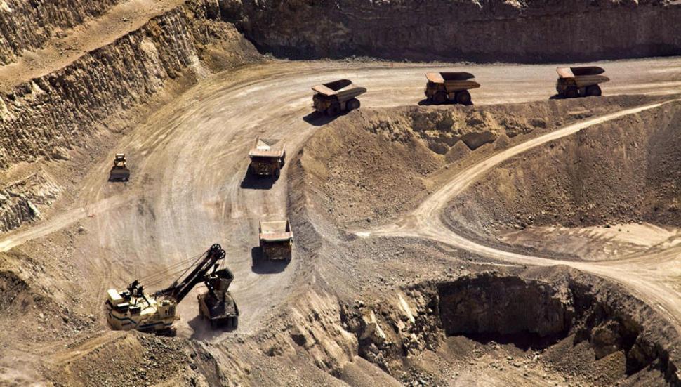 La Minera deberá parar hasta que se haga una pericia por contaminación
