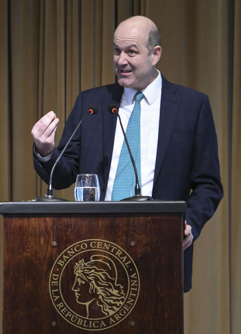 CONTUNDENTE. Federico Sturzenegger justificó ayer el endurecimiento de la política monetaria. telam