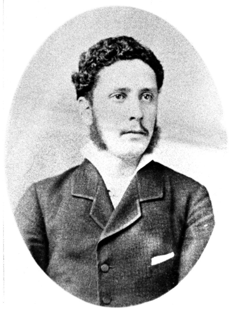 ERNESTO COLOMBRES. El distinguido hombre público en una fotografía de juventud.