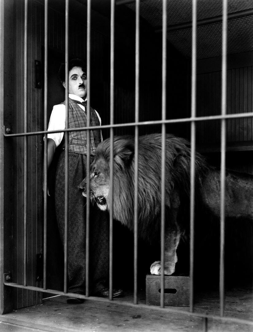 -EL CIRCO. Un filme de Chaplin.