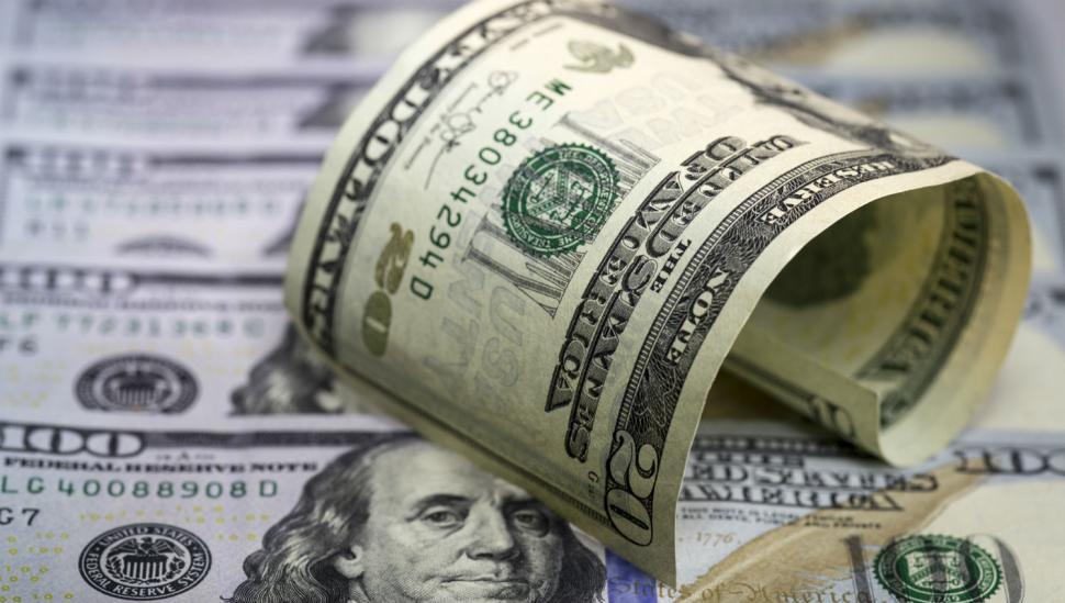 Crece la economía y el dólar le da un alivio al mercado