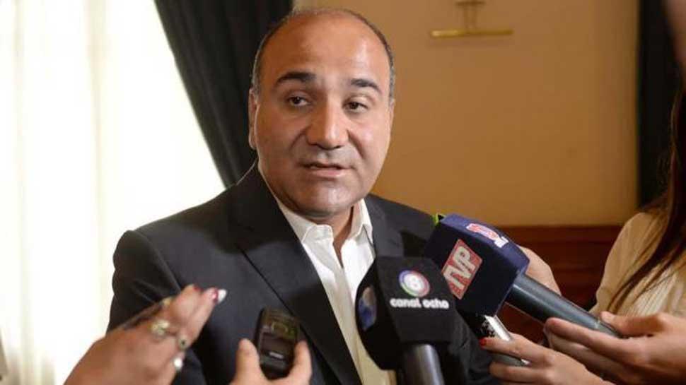 Manzur habló con cautela sobre el Instituto de la Vivienda