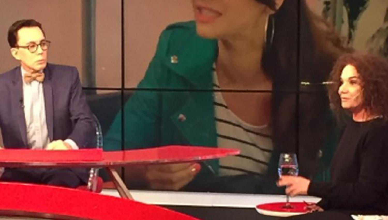 El periodista Marcelo Polino y la actriz Ana María Picchio en el programa Ponele la Firma. FOTO TOMADA DE MNUTOUNO.COM.