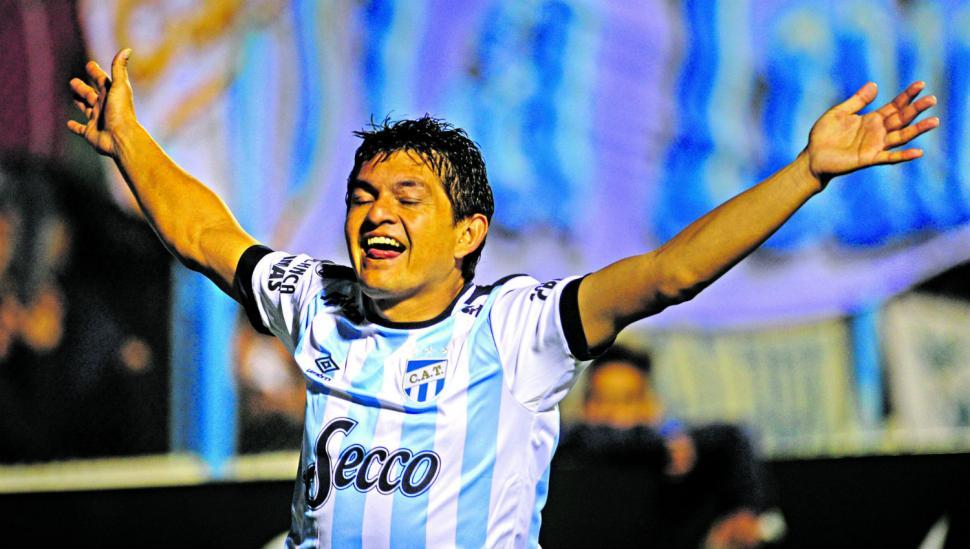 """La clasificación de Atlético lleva la firma de """"Pulguita"""""""