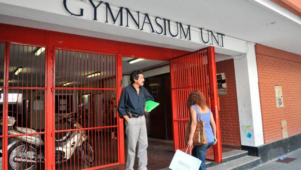 En el Gymnasium se impuso  el no al ingreso de mujeres