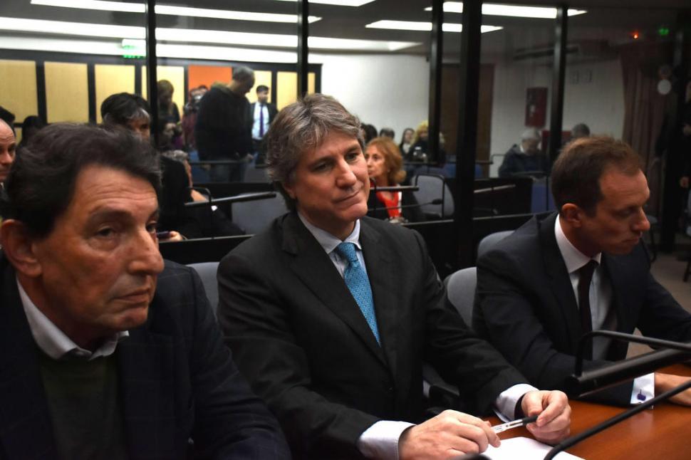 EN EL BANQUILLO. Boudou, ayer, salió aliviado de un tribunal federal. Dyn