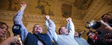 El oficialismo festejó un contundente resultado en las PASO y aspira a lograr tres de cuatro bancas