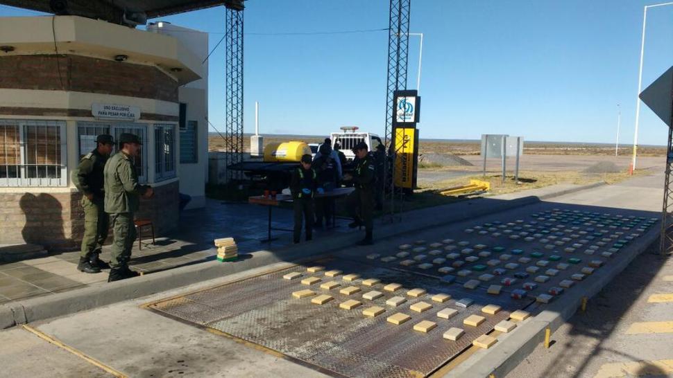Investigan si 250 kilos de cocaína salieron de Tafí del Valle
