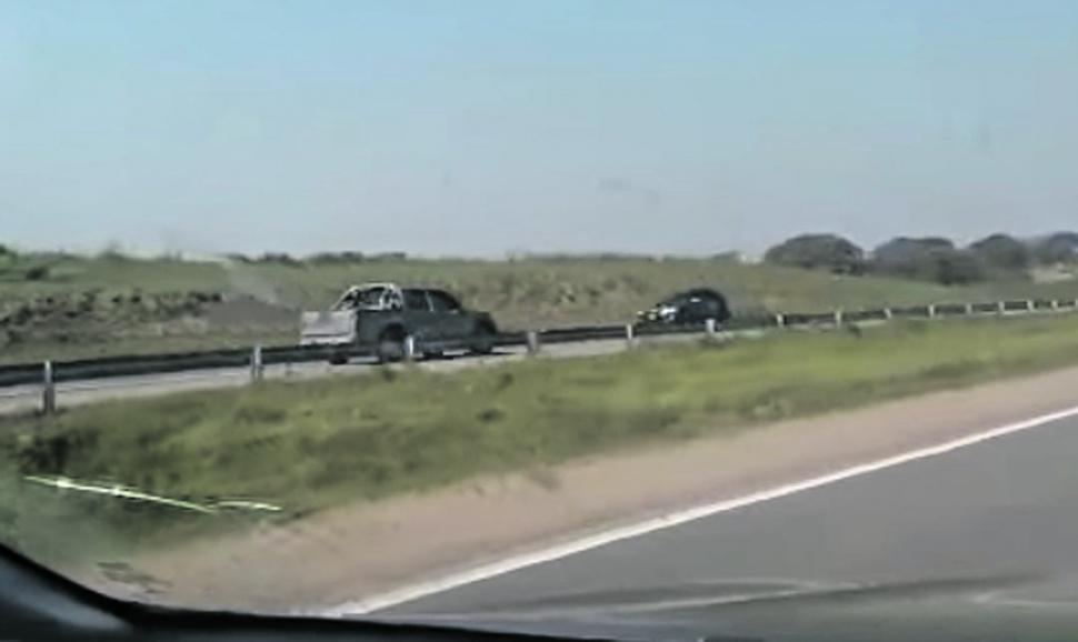 Casi provoca una tragedia por manejar a contramano en una autopista