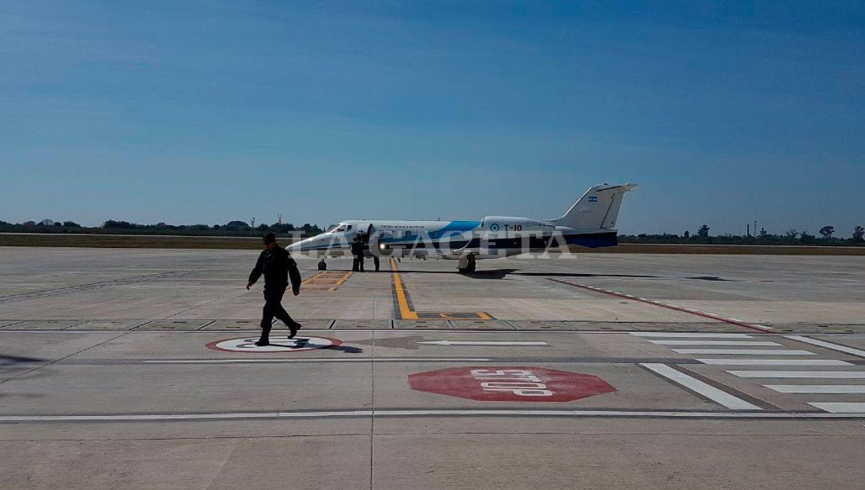 Macri inauguró la pista del aeropuerto: mi compromiso con los tucumanos es total