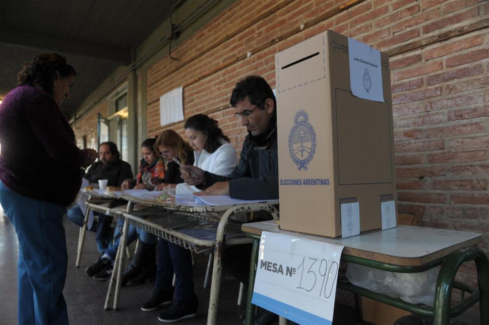 ¿Cuáles son las estrategias de las fuerzas políticas para ganar votos en Tucumán?