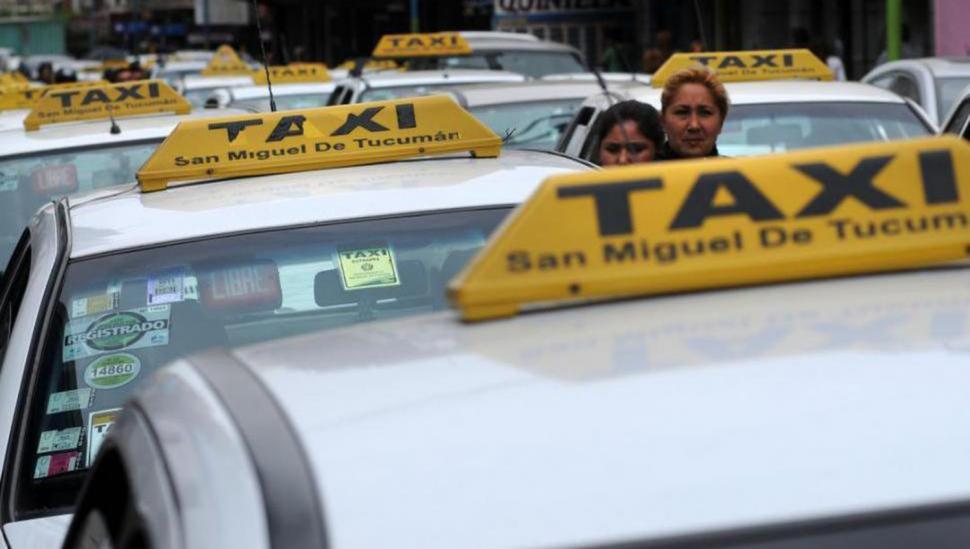 De celulares hasta una hija: el ranking de los olvidos en los taxis