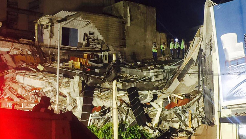 Una modelo tucumana participa del rescate de víctimas del terremoto en México