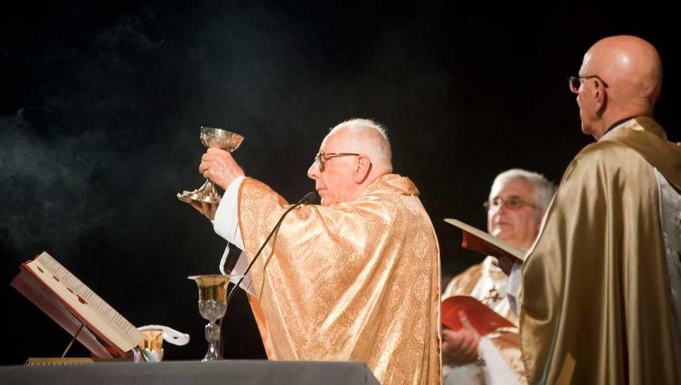 Los candidatos coinciden con la Iglesia, pero echan culpas a sus rivales
