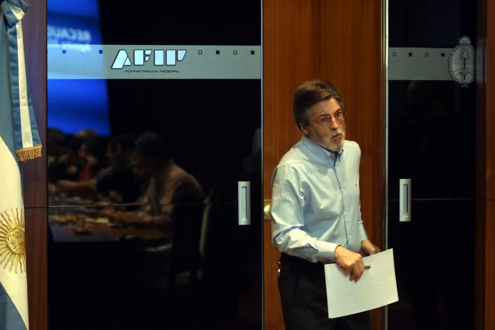 MAS DINERO. Alberto Abad reconoció que el aumento de la recaudación se debe a una mayor transparencia. dyn
