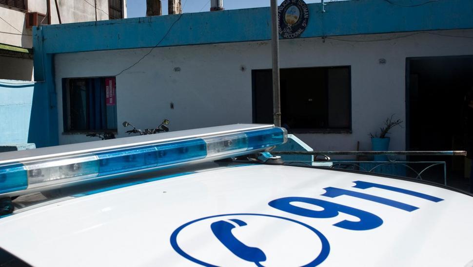 Un policía de la comisaría 5ª está detenido por robo