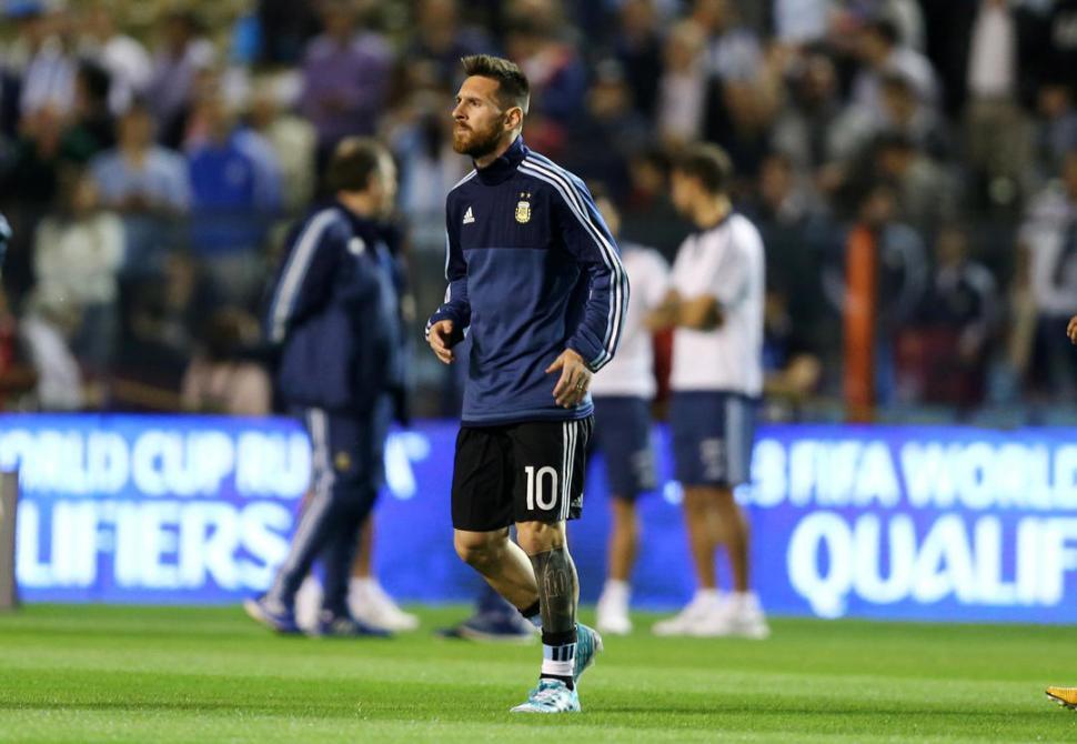 SABE QUE NO PUEDE FALLAR EN QUITO. Messi deberá conducir a la Selección a un triunfo para poder llegar a Rusia 2018. reuters