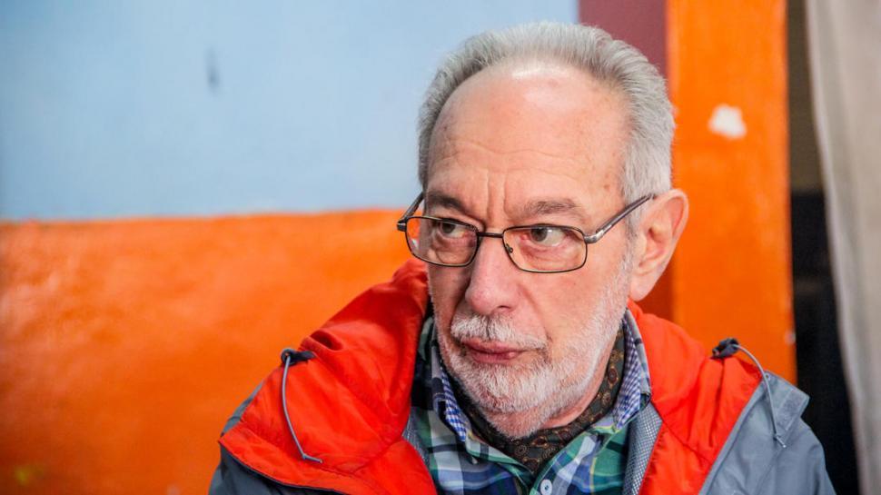 """EN LA GACETA. Norberto Kleiman, quien dio el puntapié inicial en Tucumán, sostiene: """"la clave del sistema es un trueque de confianzas"""".  foto de Ezequiel Vargas"""