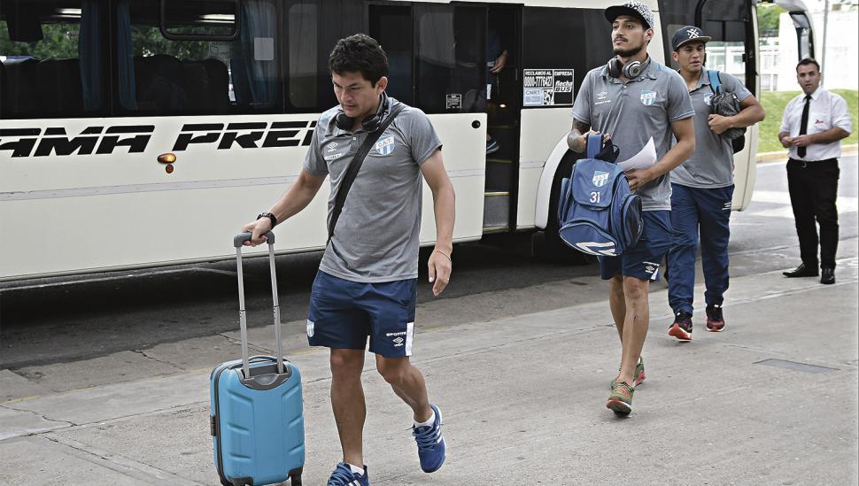 Atlético enfrenta a Vélez en busca de las semis de la Copa Argentina