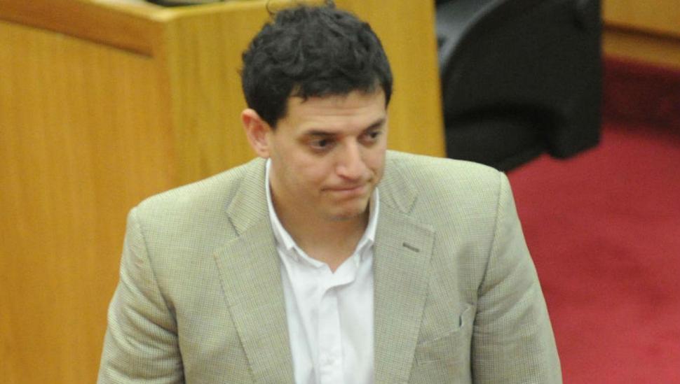 El legislador Gassenbauer (h) admitió que consumió drogas: 'fueron épocas difíciles de mi vida'