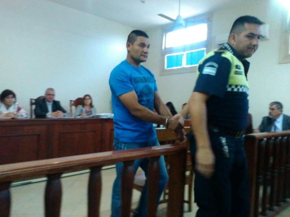 Presentaron a un preso que no tenía que ver con el juicio