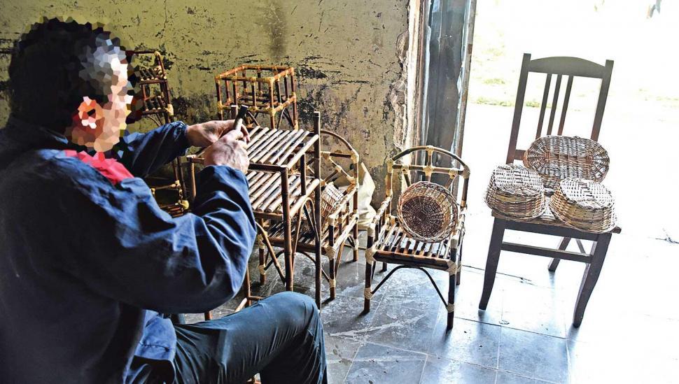En el penal de Villa Urquiza, trabajar los hace sentir libres